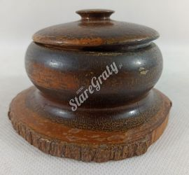 Pojemniczek drewniany1