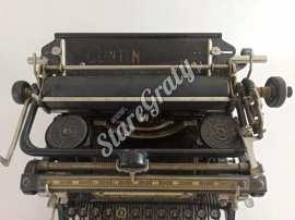 zabytkowa-maszyna-do-pisania-33